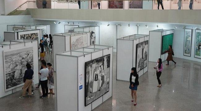 西安美术学院举办2018硕士研究生毕业作品展