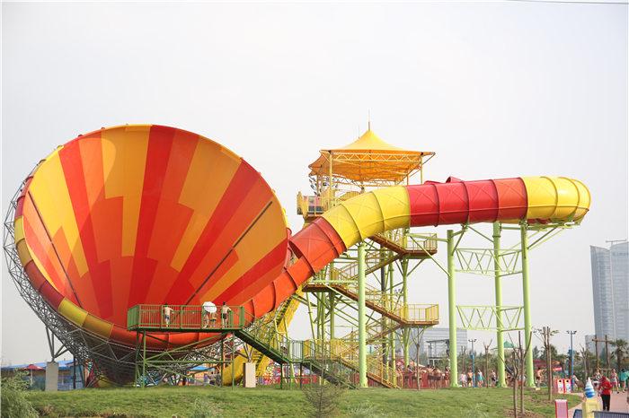 西安华夏文旅水世界丝路电音节落幕