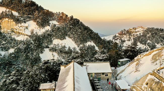 陜西華山:高山雪景如畫