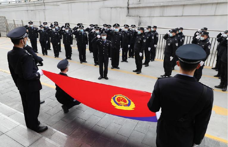 中國人民警察節:最重要的節日與最愛的人在一起
